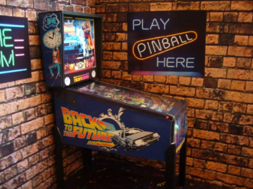 Back to the Future 1/12th Scale Miniature Pinball Table Model